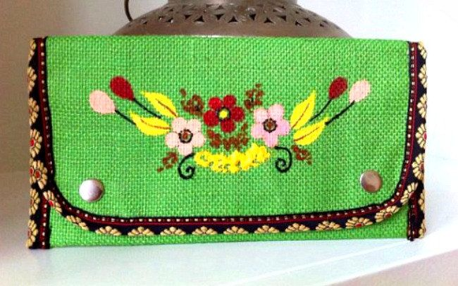 Green Burlap Clutch, Hand Painted Purse, Burlap Purse, Slim Wallet, Fold over Clutch, Money Wallet, Burlap Gifts by Peonypeacockstudio on Etsy #burlap #wedding #rustic #purse #painted #boho #bohemian #flowers
