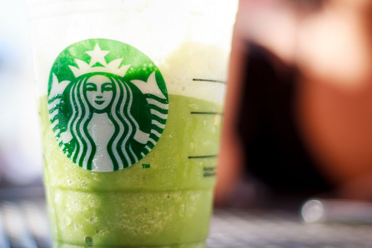 10 Signs That You Are Unapologetically Addicted To Starbucks - http://viralfeels.com/10-signs-that-you-are-unapologetically-addicted-to-starbucks/