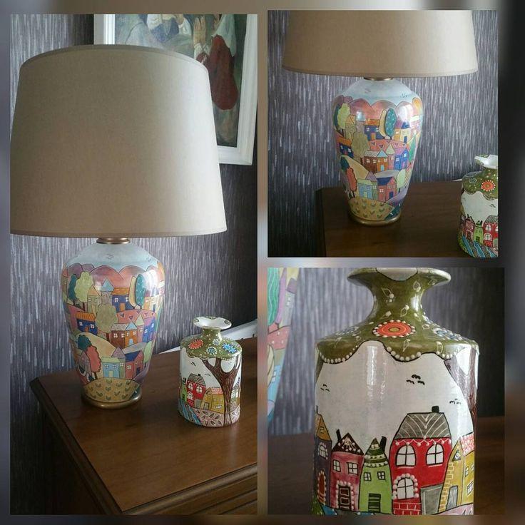 Bu da can arkadaşım @safiyehakci için yaptığım abajur ve vazo �� İyi günlerde kullansın... Desteği için teşekkür ediyorum ona ����❤️�� #seramikboyama #seramik #ceramics #handmade #çini #modernçini #benyaptim #duvarsusu #ev #sanat #tiles #mavitonları #mavi #abajur #ışıklandırma #gift #hediye #hediyelik #marifet #vazo #evdekorasyonu #dekorasyon #ev #evler #evdöşeme #tile #renk #rengarenk #bahar #sanatlaiçiçe #sanatlaiyileşmek http://turkrazzi.com/ipost/1524653709723084926/?code=BUoqHiVhqh-