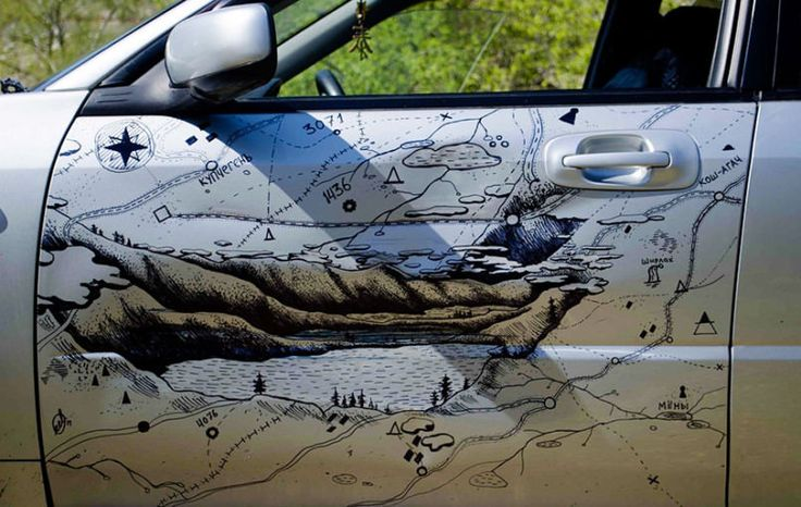 Clever-man-fixes-his-car's-dent-by-covering-it-with-art5