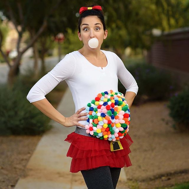 Pregnant Halloween costume - gumball machine  #30weekspregnant #halloween #bubblegummachine