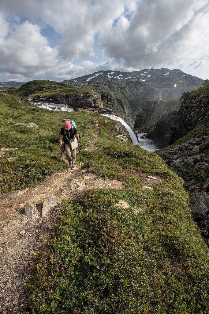 After a 800m climb up from the Hardangerfjord at sea level we finally arrive on…
