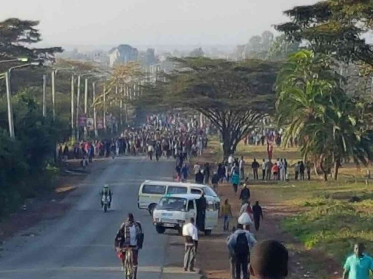 """At least 27 persons were killed on Tuesday in Kenya when an oil tanker collided with a bus on the Nairobi-Mombasa highway, authorities said. The bus was travelling to Nairobi when it hit the tanker near Makindu in Kibwezi, Xinhua news agency quoted police commander Leonard Kimaiyo as saying. """"We have lost many people and … Continue reading """"27 killed in Kenya Road Accident"""""""