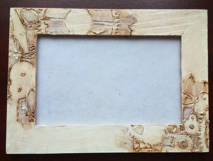 Dytulkowo: miałam zwykłe z IKEI ramki drewniane, które odleża...