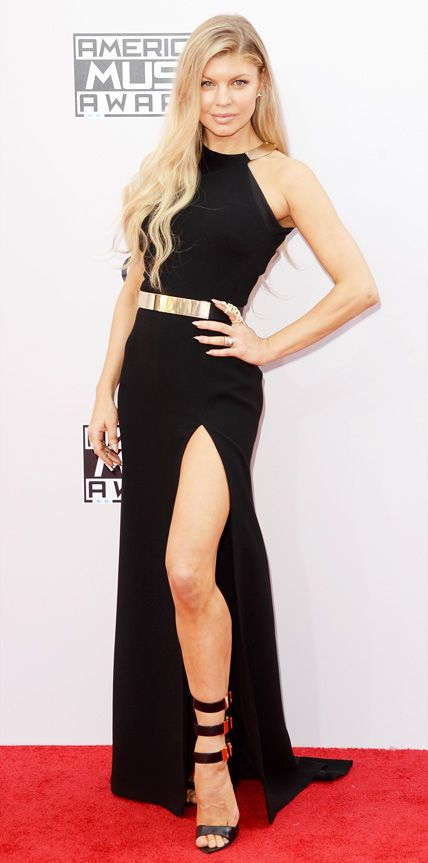 Fergie's tweak on the classic black dress isn't quite what I'd wear, but I love how she made the look her own.