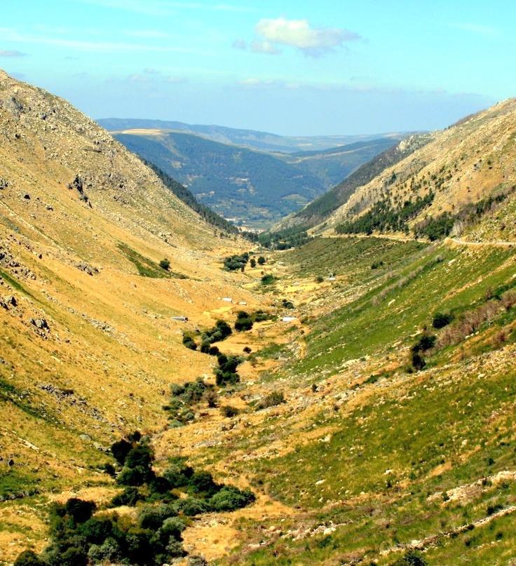 Glacial valley of Rio Zêzere