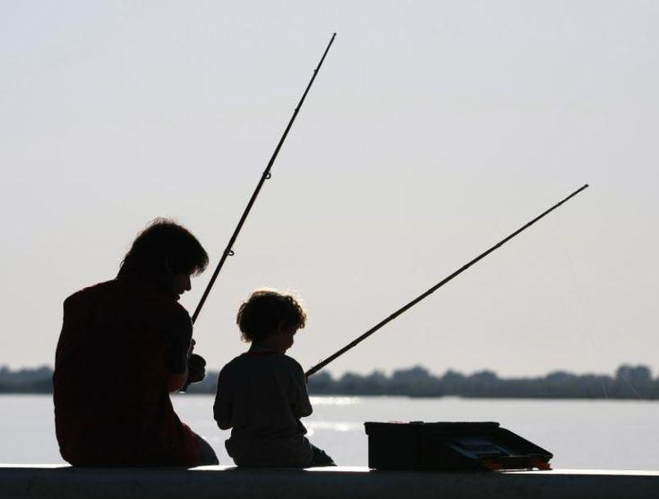 Padre e hijo compartiendo un lindo momento. Más info en www.facebook.com/viajaportupais