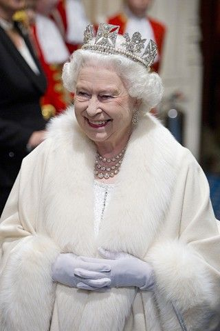 Queens Diamond Jubilee Plans - Latest News Events (Vogue.com UK)