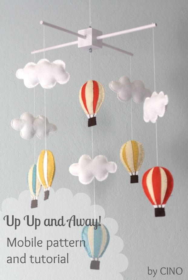 (Jenni) These mobiles just get me every time. So cute! Hot air balloon and cloud mobile #tutorial #baby #nursery