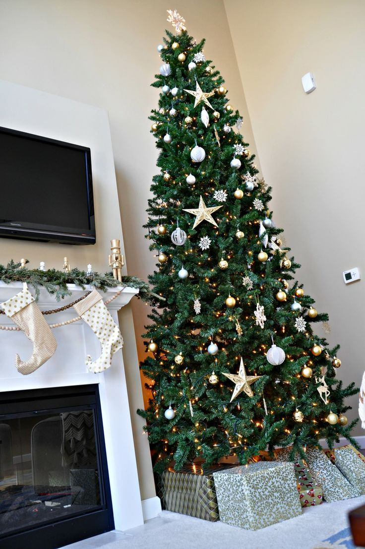 Holiday home tour living room beautiful christmas House beautiful christmas trees