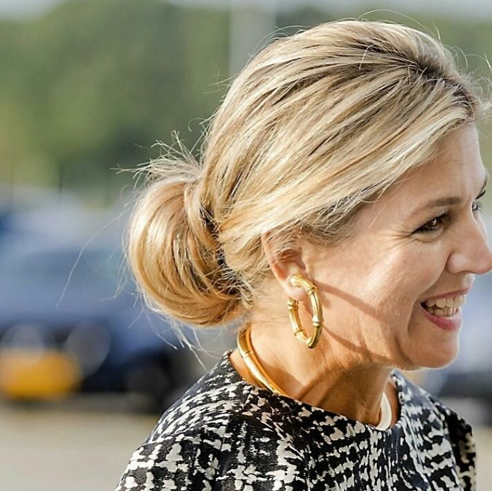 [26-9-2016] Queen Maxima today at the Finance Conference from the FMO in Katwijk. 👑 👑 👑 Koningin Maxima vandaag bij de Finance Conferentie van de FMO in Katwijk.