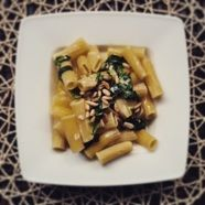 Rigatoni with Spinach and Gorgonzola Sauce
