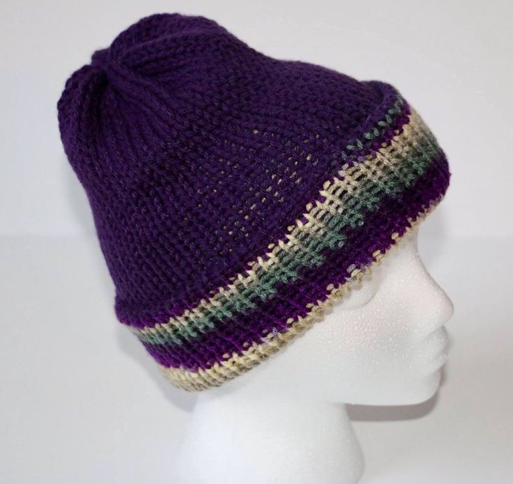 Double knit reversible hat by MaureyKnits on Etsy https://www.etsy.com/ca/listing/501895539/double-knit-reversible-hat