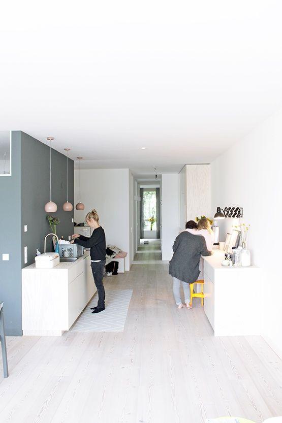 Viel Stauraum & eine Küche   Jäll & Tofta