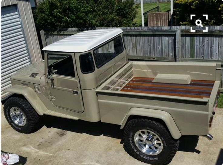 Land Cruiser pick-up