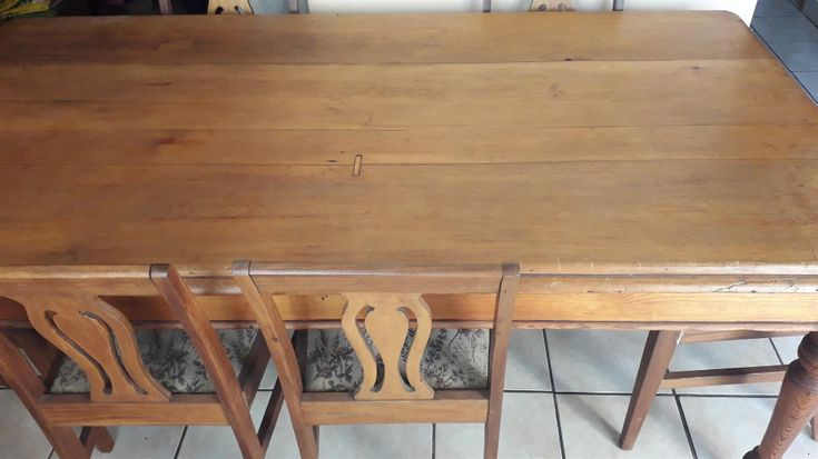 Geelhout Table And Chair 6 Seater Junk Mail Table And Chairs