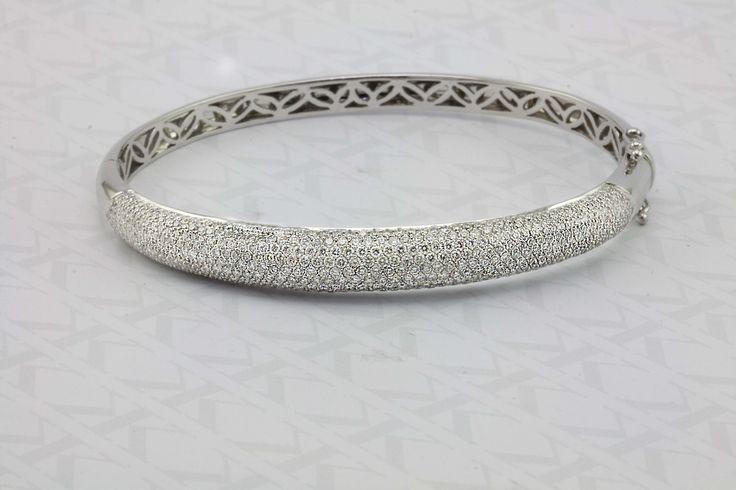 Pave Diamond Bangle...  #kalfinjewellery #kalfin #engagementring #diamondengagementring #weddingring #weddingjewellery #custommade  #diamondeternityring #madetoorder #melbournecbd #melbournejewellers#diamond #diamondring #diamondjewellery #fashion #fashionblogger #fashionstyle #love #design #diamonds