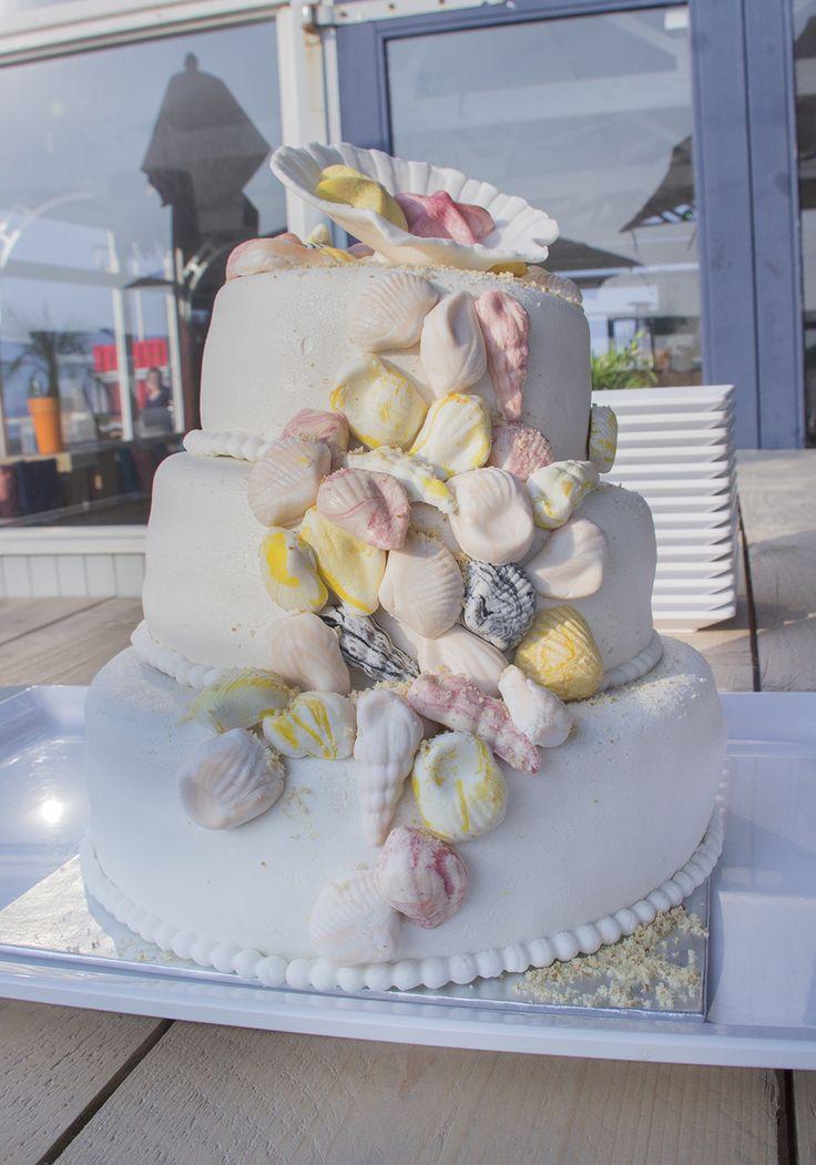 De perfecte taart voor een strandhuwelijk! #bruidstaart #weddingcake