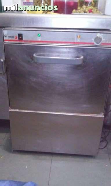 . Empresa de hosteleria cierra un local y pone a la venta a precios regalado un lavavajillas de fagor de 50*50,con bomba de desag�e, un descalcificador de 8 litros, una freidora doble de 6 + 6 y una plancha repagas de 3 quemadores, lavajillas 500 � freidor