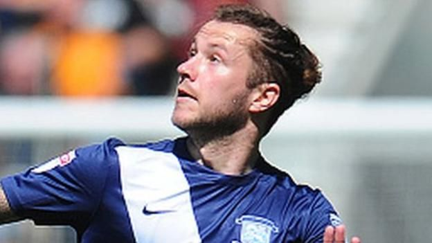 "Stevie May (right) joined Preston from Sheffield Wednesday in 2015 Manager Derek McInnes says Aberdeen will have to go at Preston North End's ""pace"" over striker Stevie May. The Dons have made an offer for the former St Johnstone forward, 24, who has been at Deepdale since..."
