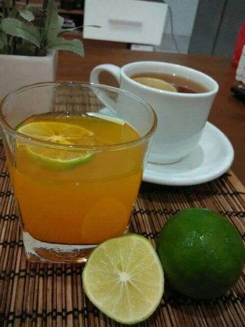 Wedang Jeruk Herbal   Bahan-bahan 1 ruasjahe sbesar kelingking (kupas, memarkan) 1-2 batangserai (memarkan, simpul) 2-3 sdmsirup ABC orange 1-2 sdmair jeruk nipis/lemon + Langkah  Rebus serai & jahe hingga air berubah warna. +   Tambahkan sirup, air jeruk nipis. Aduk2 rata, icip rasa. Wedang jeruk herbal siap disajikan