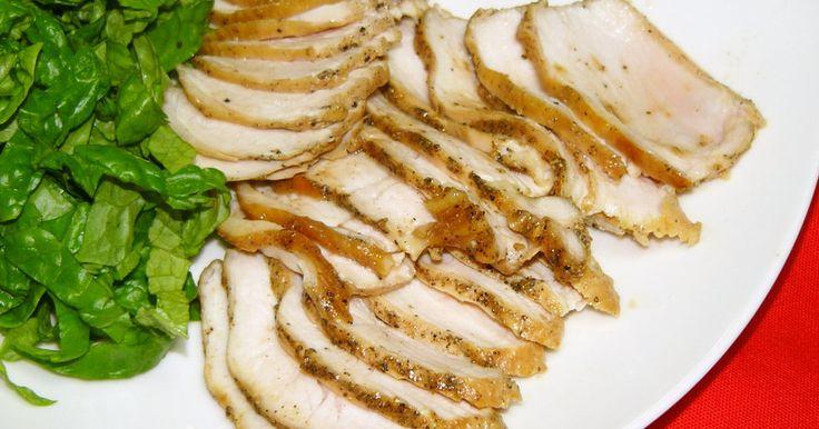 レンジ(600w)で6分チン★簡単  チキンステーキとよんだり、チキンハムとよんだり♪  +にんにく で更にイタリアン★