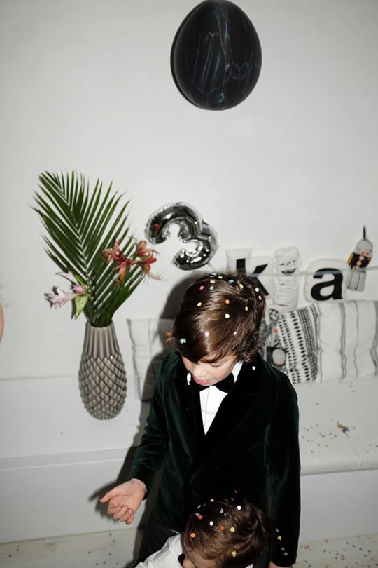 thecoolheads.com-dudes in My Little Dress Up!