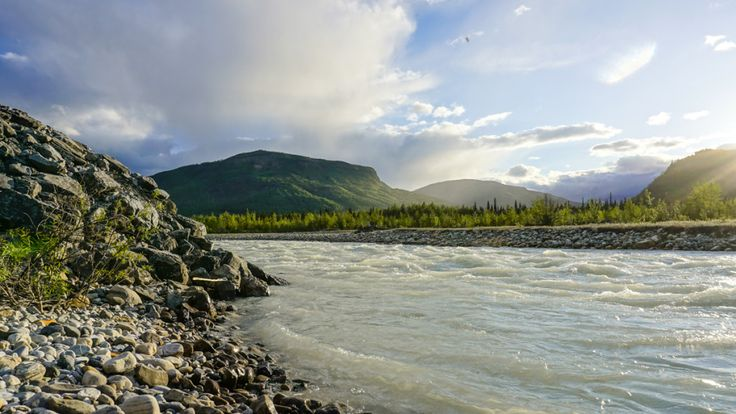 Alaska Highway Part 2 – Free Camping, Double Rainbows and Hot Springs