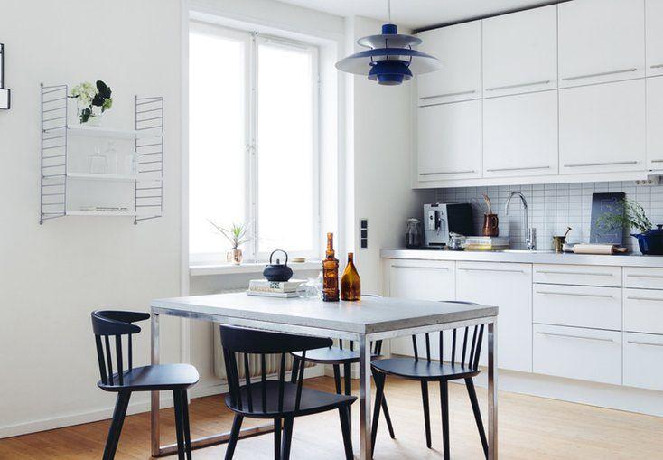 Hvid er en god basisfarve, men et helt hvidt køkken kan godt komme til at virke lidt sterilt. Her er 7 tips, der kan gøre dit hvide køkken mere personligt og hyggeligt.
