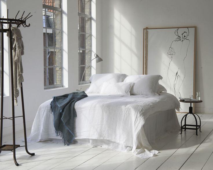 dekbedovertrek Blanes - wit beddengoed - witte slaapkamer - luxe slaapkamer - hotel