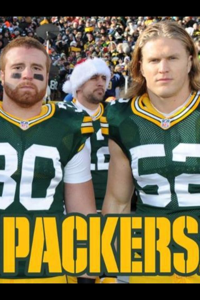 Aaron Rodgers has perfected the photobomb!