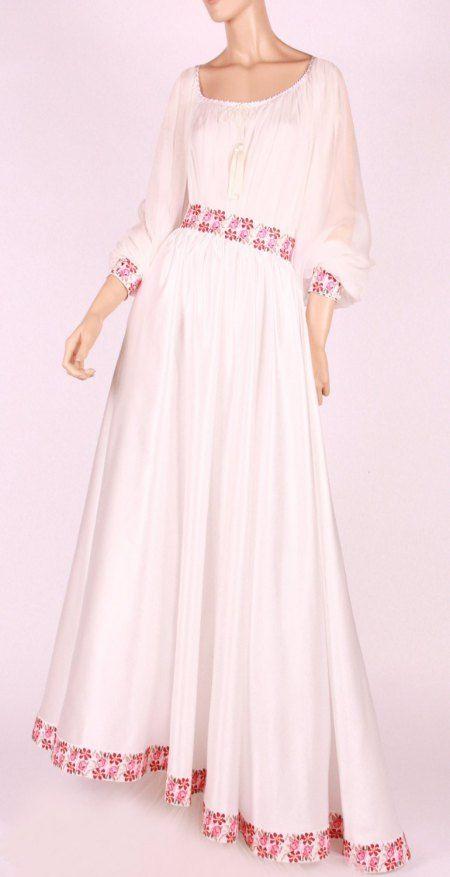 Rochie de mireasa traditionala romaneasca | costume, ii si camasi stilizate | Pagină 11