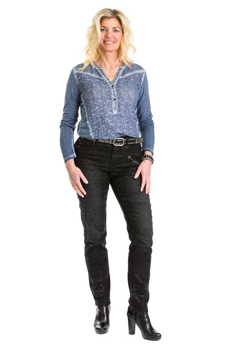 Smukke Heidi i en af vores super skønne bukser fra Ofelia nemlig Loft pants - køb den nu på www.loveofelia.dk