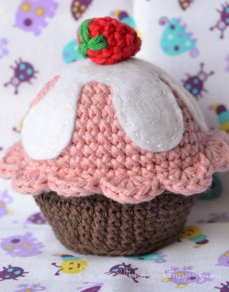 Un dulce regalo para todos!!!! Un cupcake!!!!...y con hartos detalles. como me gustan los...