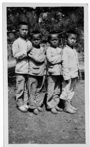 Four orphans, Korea, ca. 1920-1940  :: Maryknoll Mission Photography Archive, USC. (high res and more at site)