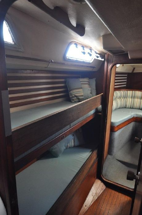 1990 Moody 425 Sail Boat For Sale   www yachtworld com. 17 Best images about Boat Bedrooms on Pinterest   Bada bing