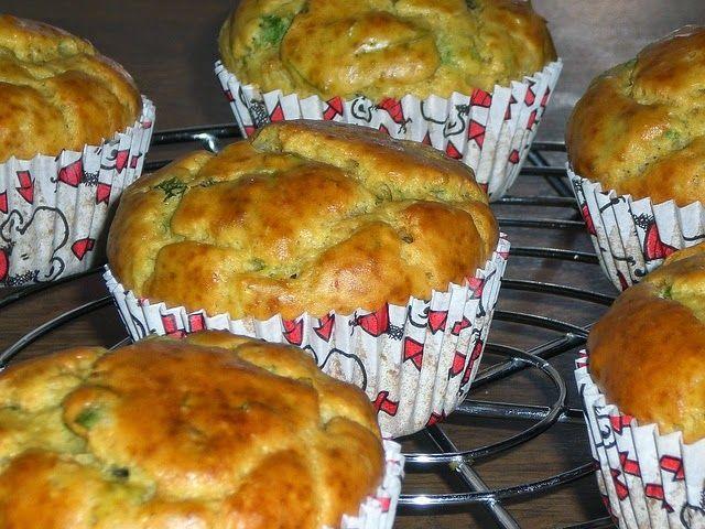 Street Food, Cuisine du Monde: Recette de muffins falafel épicés, sauce yaourt tahini ou coriandre - sans gluten - vegan, light