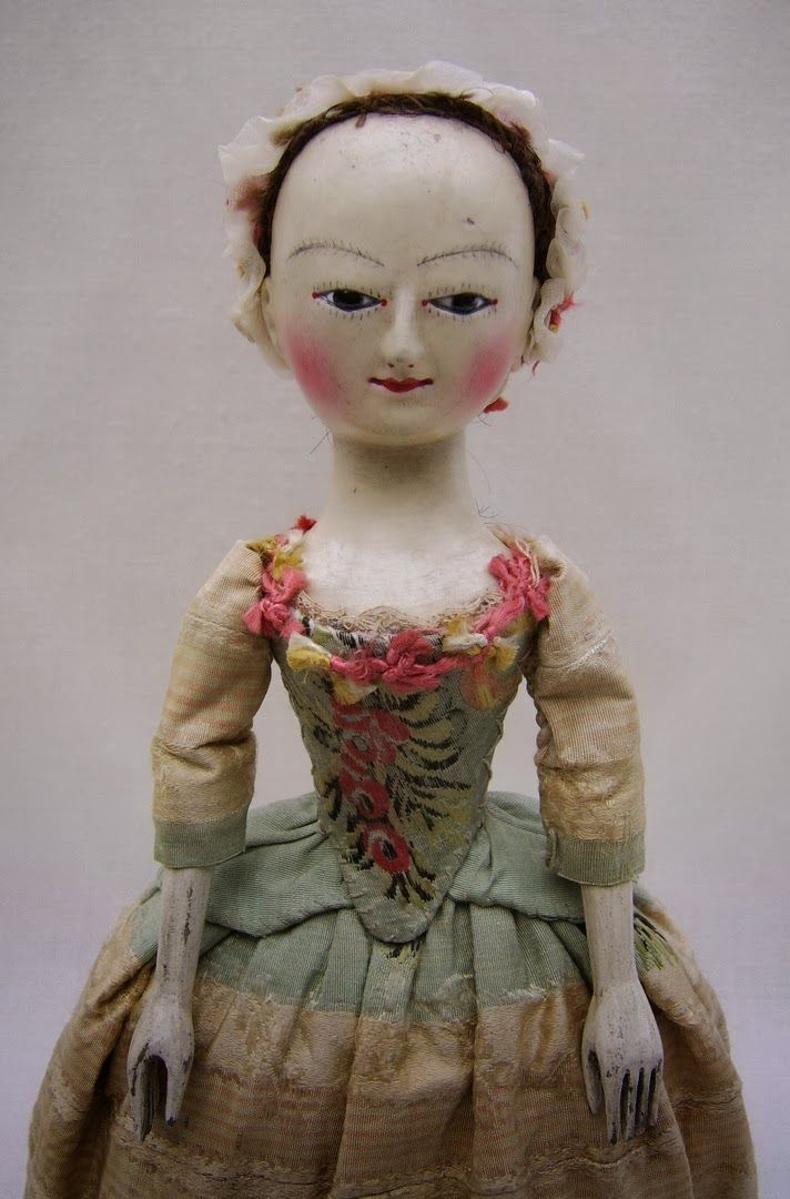 pretty 18th century-style doll ~ by the old pretenders