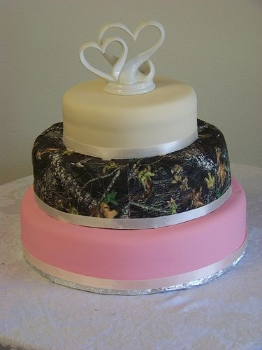 Pink Camo Wedding Cakes   Pink/camo--- instead of pink do brown   Our Love Story ♡
