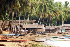 Fishing village, Desa Rata, Toili