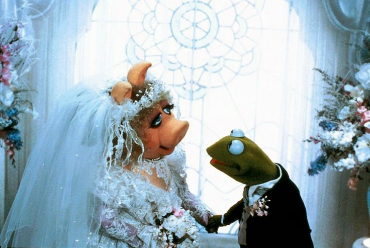 Technicolor Muppet madness at this Austin wedding | Offbeat Bride