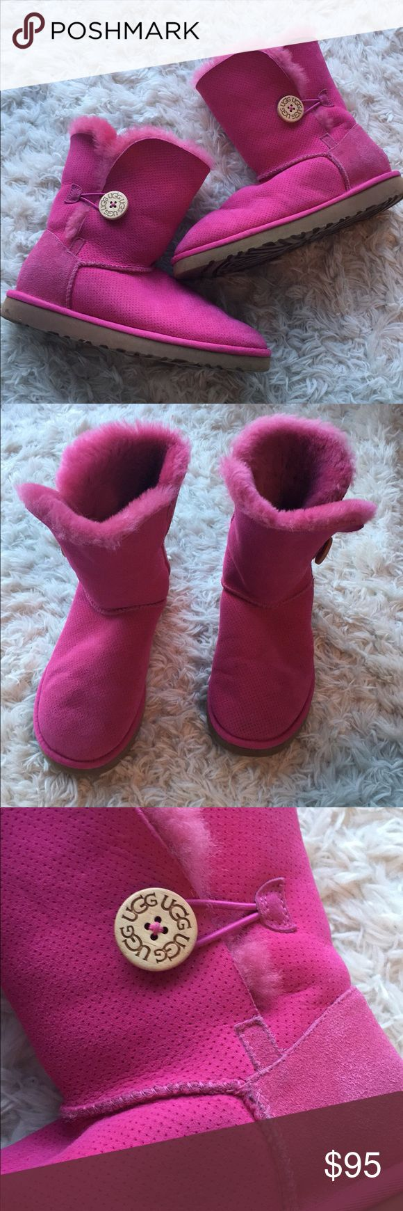 Pink Ugg Bailey Boots These uggs are a pink color throughout. Gently used condition. They're the button bailey style. Size 7. Save on ✈️SHIPPING✈️and 🎁BUNDLE! I even give a discount on 3 or more regularly priced item bundles. I always accept reasonable offers with the offer button! 🚫❌Lowball offers please! UGG Shoes Winter & Rain Boots