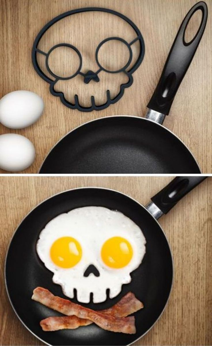 This funny side up egg ring creates an attractive fried egg art that looks like a dangerous skull. Just place it in the frying pan, crack two eggs into the ring and get amazing funny shaped fried egg art in seconds for a wonderful breakfast.: