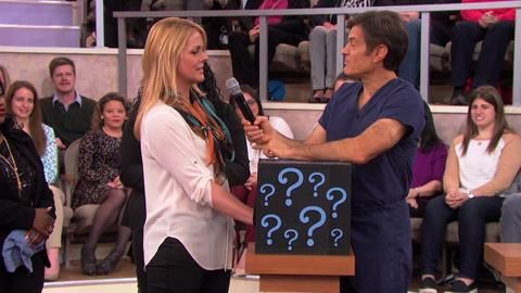 Dr. Oz Explains the Leg Rash Colitis: Dr. Oz describes the appearance and causes of colitis. Plus, the solutions for relief.
