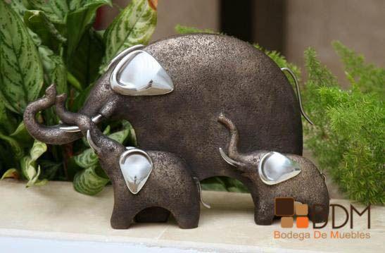 Familia de elefantes para decoración de interior o exterior
