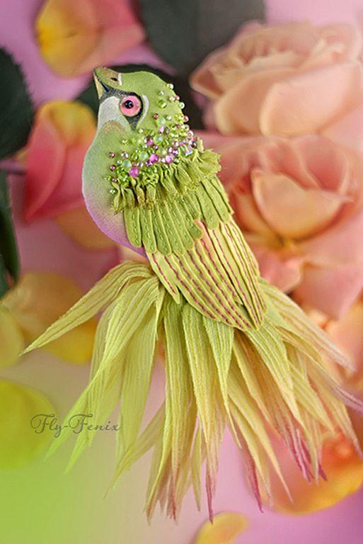 Amazing birds brooches by Julia Gorina | Beads Magic