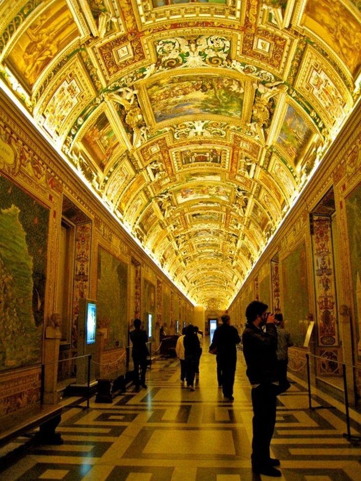 Take a private tour of the Vatican #travel #italy