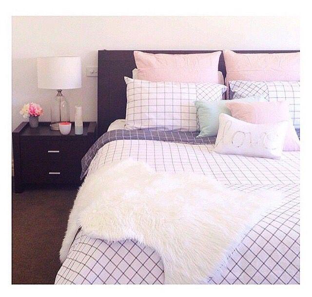 Kmart Bed LOVE!!