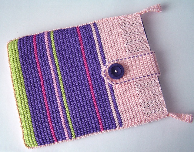 iPad Sleeve tunisian crochet (etsy, sleevy)