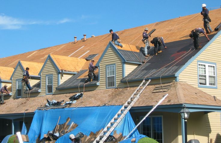 We do Repair commercial and residential Roofs in Los